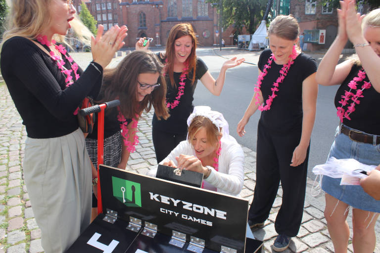 Personalisiertes Outdoor City Game zum Junggesellinnenabschied in Lübeck
